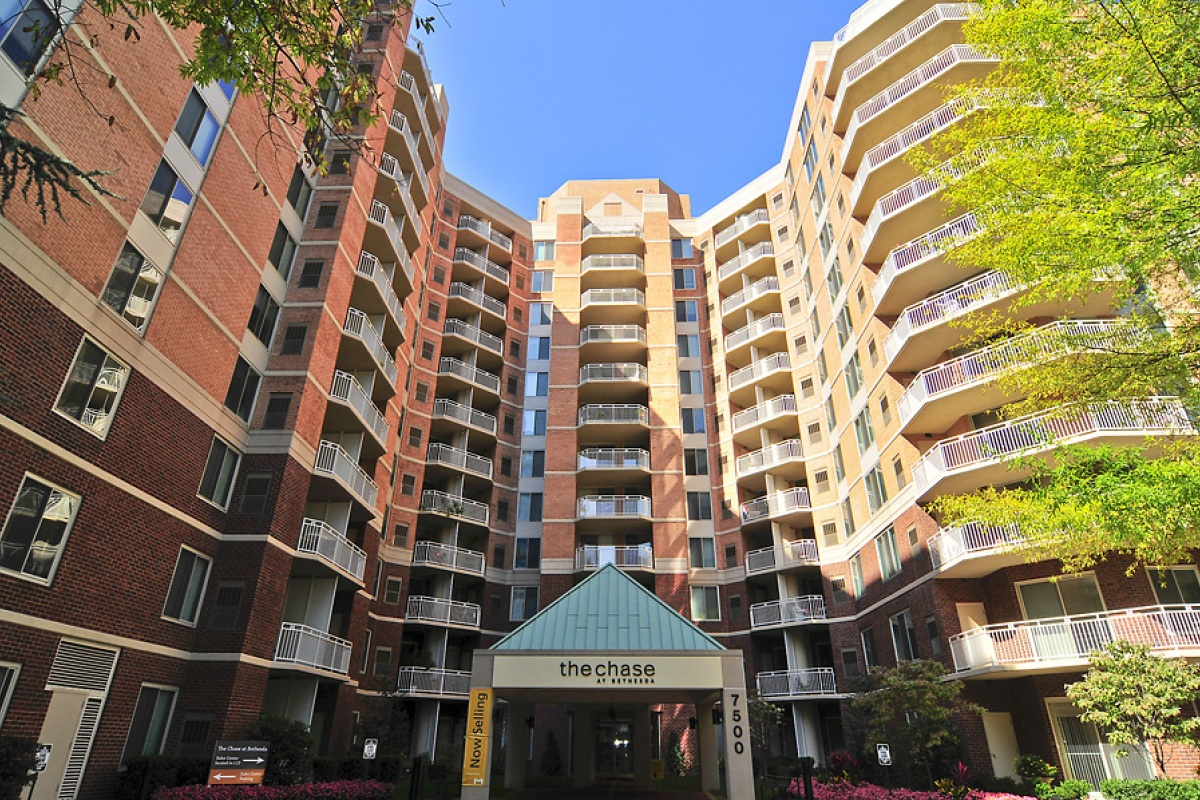 2 Bedrooms, Condominium, Featured Properties, The Chase at Bethesda, Woodmont Avenue #507, 2 Bathrooms, Listing ID 1043, Bethesda, 20814,