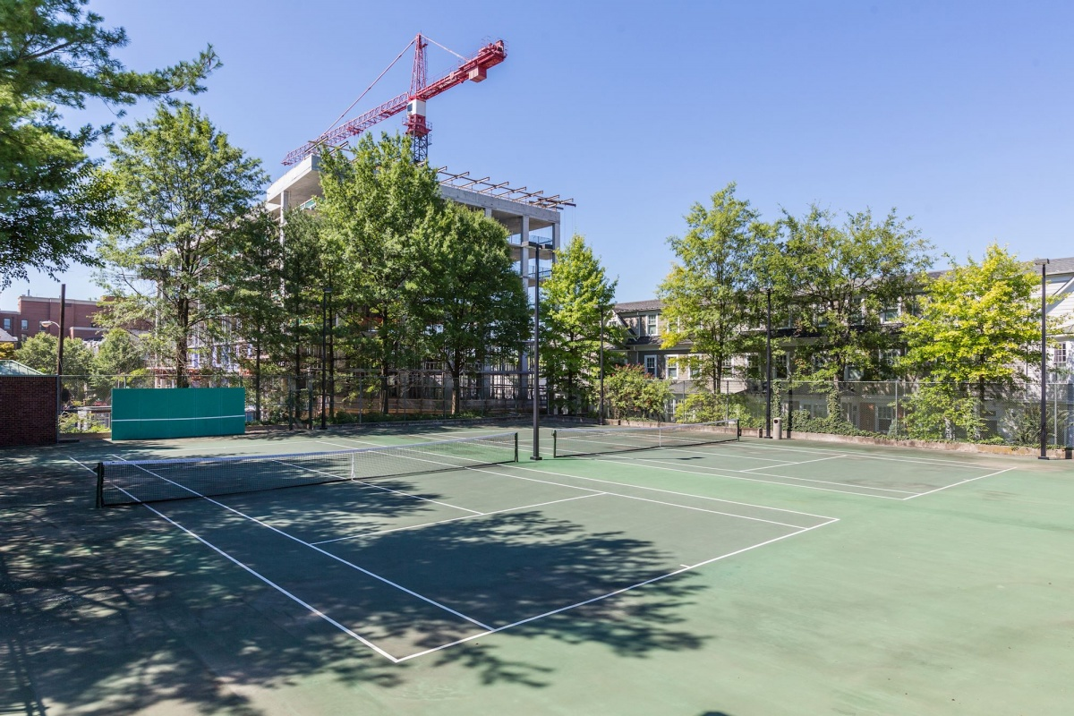 1 Bedrooms, Condominium, Featured Properties, The Chase at Bethesda, Woodmont Avenue #1112, 1 Bathrooms, Listing ID 1046, Bethesda, MD, Montgomery, 20814,