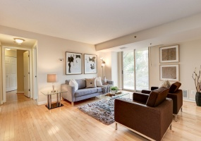 2 Bedrooms, Condominium, Featured Properties, The Chase at Bethesda, Woodmont Avenue #522, 2 Bathrooms, Listing ID 1052, Bethesda, Montgomery , 20814,