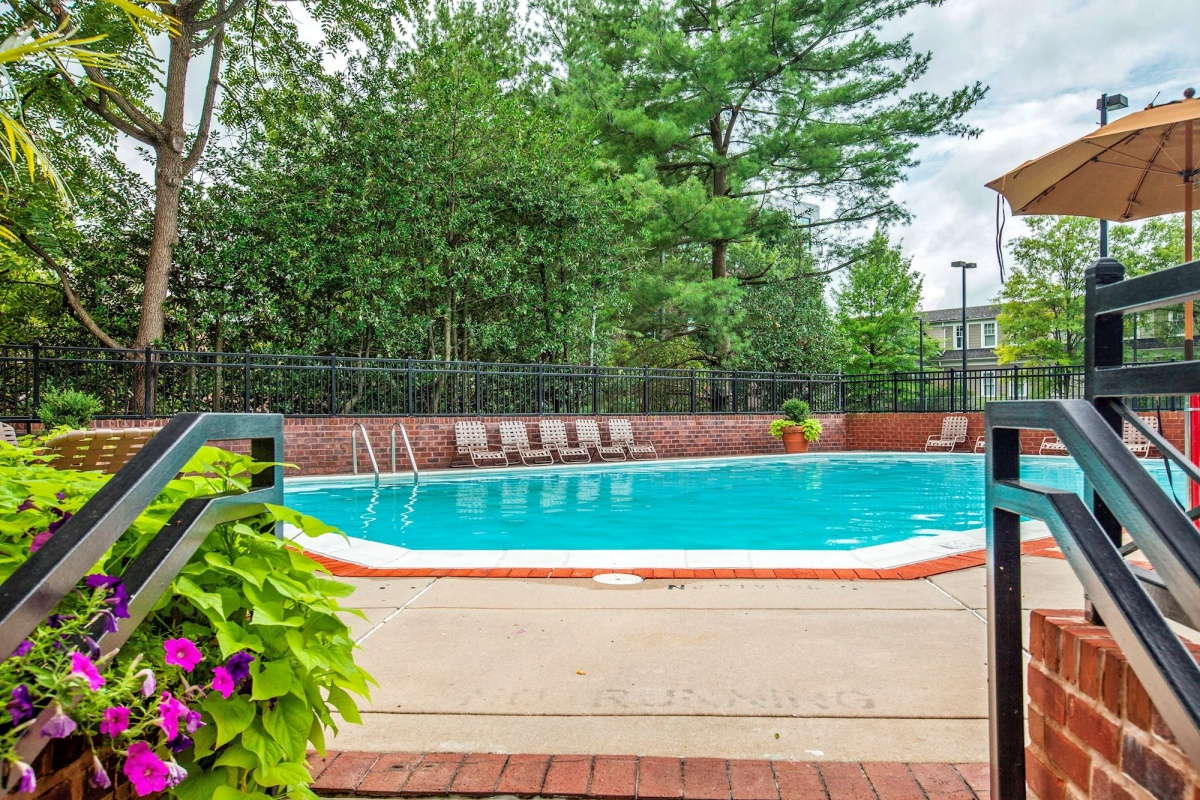1 Bedrooms, Condominium, Featured Properties, The Chase at Bethesda, Woodmont Avenue #210, 1 Bathrooms, Listing ID 1020, Bethesda, MD, 20814,