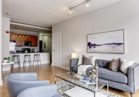 2 Bedrooms, Condominium, Featured Properties, 6th Street NW #52, 2 Bathrooms, Listing ID 1068, Washington, DC, 20001,